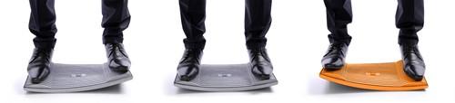 Gymba Board Oranje Je hebt een bureaustoel nodig om goed en prettig te zitten, een Gymba om goed en prettig te staan. Be Healthy met Active Board Gymba!